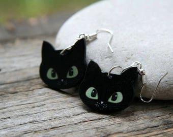 c834fac5efc Black cat green eyes