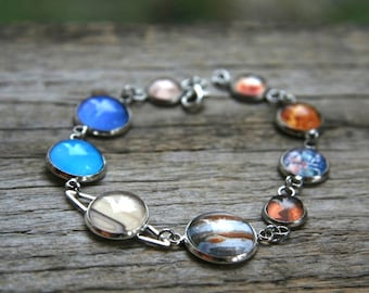 Planet bracelet with natural colors and real looking Saturn, bracelet with planets, Solar System bracelet, Solar system Jewelry
