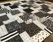 "Black and White Floral Unfinished Quilt Top 33""x46"", Riley Blake Juniper"