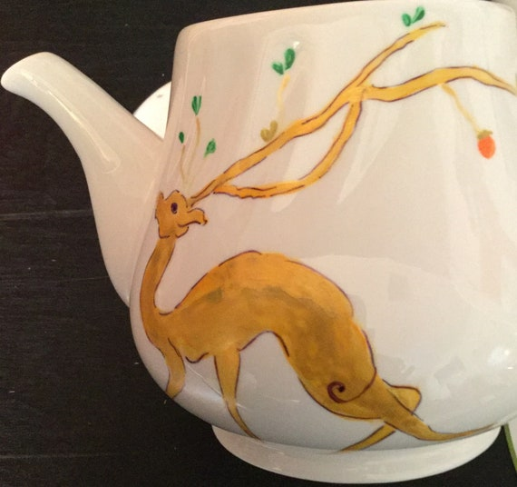 Art Gift 4 Birthday//Anniversary//House Warming//Best Friend Hand Painted Teapot-Holiday /& Asian Designs of Japanese Cats,Whale//Octopus,Deer