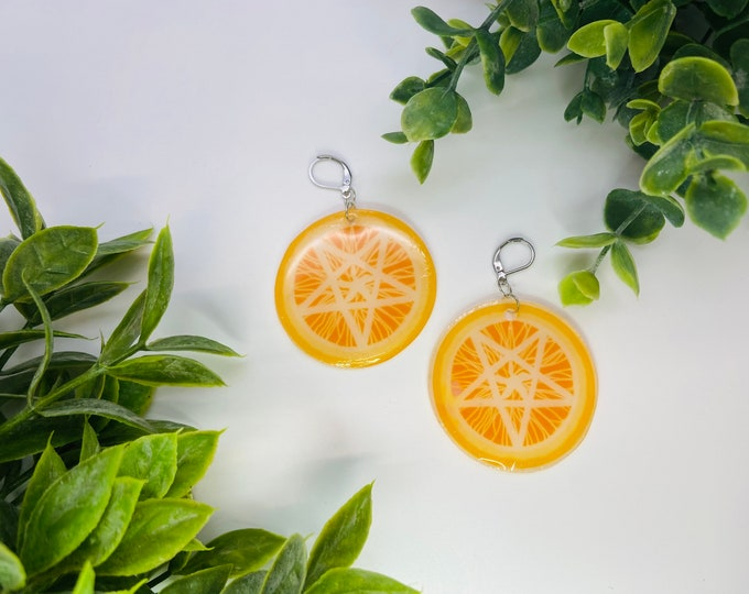Featured listing image: Pentagram orange slice earrings