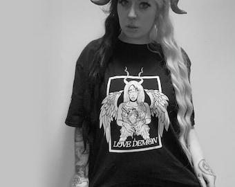Love demon t-shirt
