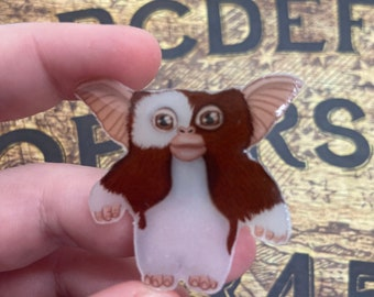 Gizmo pin from gremlins , cult classic