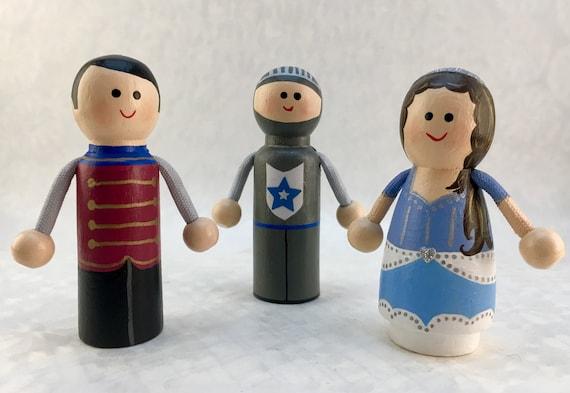 Princess Peg Dolls Princess Prince Castle Guard Wooden Peg Doll Set Handpainted Peg Dolls Pretend Play Make Believe Play