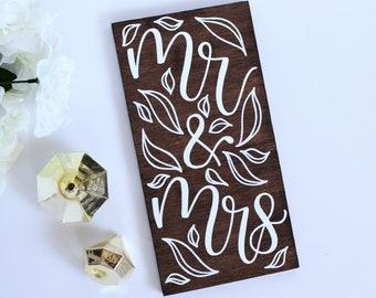 Wedding Sign - Mr and Mrs - Woodland Wedding - Rustic Wedding - Wood Wedding Sign - Calligraphy Art - Mr and Mrs Gift