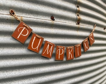 Handmade rustic pumpkins garland // farmhouse fall decor // wood garland // 3 feet