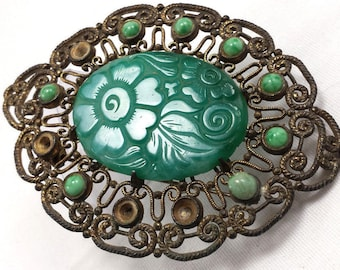 Very Beautiful Old Chinese Jade Carved Brooch Pin.