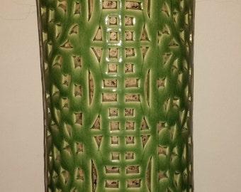 Very Beautiful Vintage Chinese Ceramic Lamp