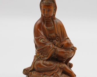 Very Beautiful Unique Chinese Hand Carved Boxwood Kwan-Yin