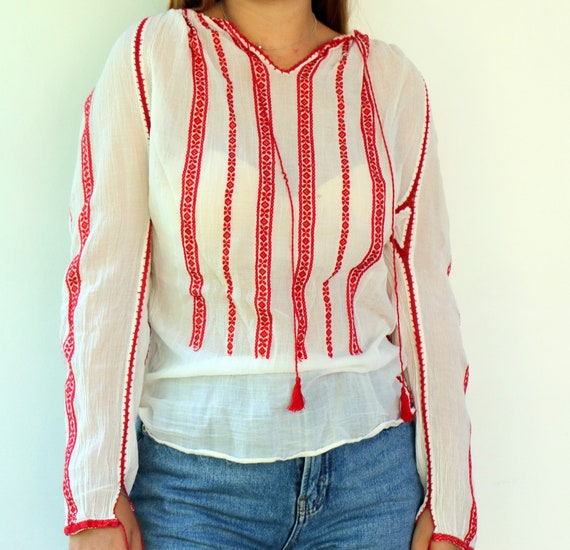 Romanian Blouse, Vintage 60s Hand Embroidered Shi… - image 10