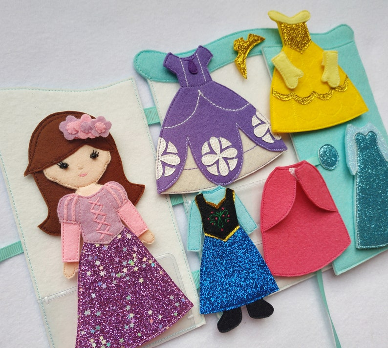 Set felt doll and 5 Princess outfit in wardrobe Dress up doll, Quiet toy,  Felt