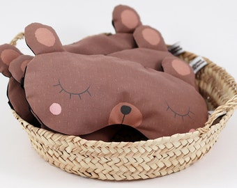 Sleeping mask brown bear