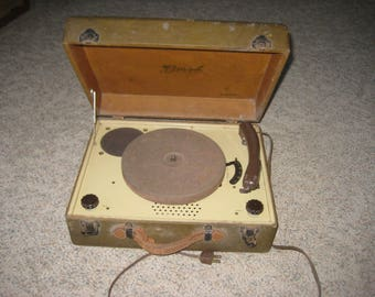 Birch Portable Phonograph Model IS34 ?