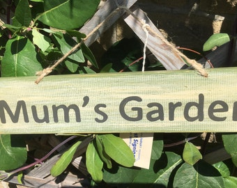 Garden Gifts- Mum's Garden- Mothers Day Gifts for mum