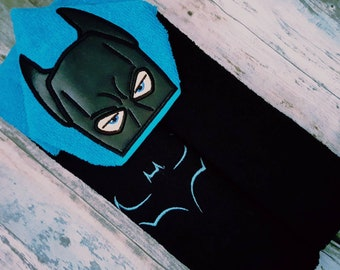 b384f7a8 Batman Inspired Hooded Character Towel with Extra Bat Symbol!