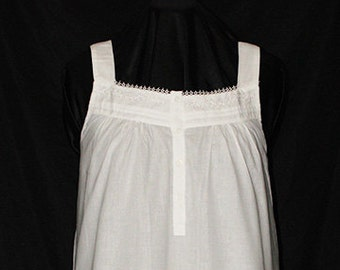 320-Ashley White Cotton Gown