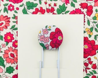 Spring Paperclip Bookmark - LIBERTY Tana Lawn Danjo Red Pink Fabric Button