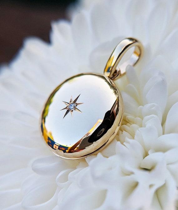 UK MADE 9ct White Gold Polished Diamond Set Oval Locket