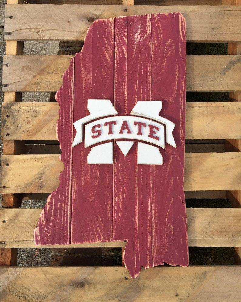 State Of Mississippi Wood Pallet Sign With Mississippi State Logo In The Center Hail State