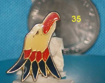 vintage I/'m confused hat pin and pin back  == 214a