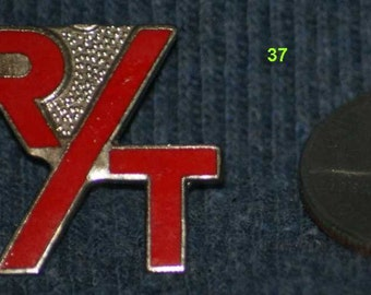 vintage r/t hat pin and pin back  -- 37