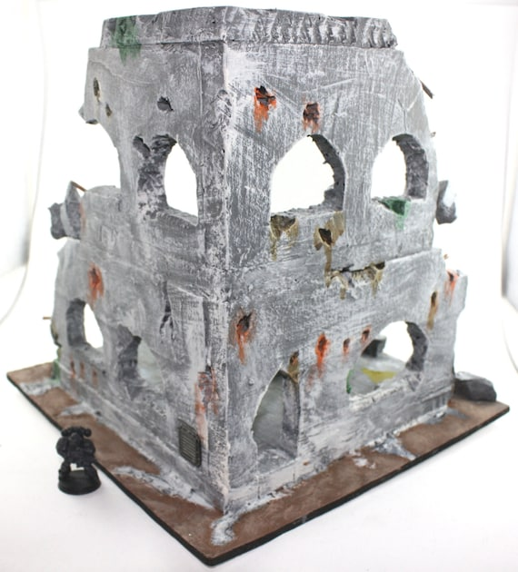 Two Tiered ruined building, wargame scenery for Warhammer 40k or Warmachine