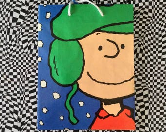 Charlie Brown~Christmas~Gift Bag~Snoopy~Vintage Charlie Brown