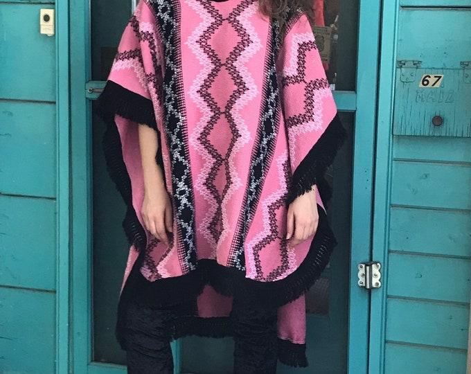 80s Knit Poncho / Vintage Fringe Poncho / 80s Pink Poncho