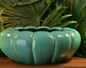 Muncie Pottery 1930's Gloss Green Tulip Bulb Bowl (Shape 169-7) I