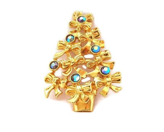 Vintage Avon Rhinestone Christmas Tree Brooch1978.Aurora