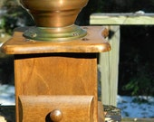 Vintage Working Coffee Grinder, Made of Cast Iron Copper, A Nice Rustic Kitchen Decoration