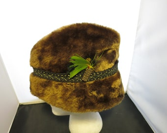 90a09844775 Vintage Mens Winter Brown Cossack Hat Faux Fur Union Made United Hatters Cap  Millinery Size Medium