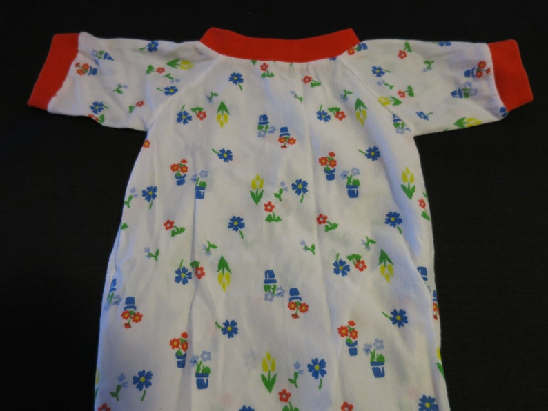 Vintage Layette Gown Easy Drawstring Baby Girl Flowers and Flowers in Pots red white blue yellow