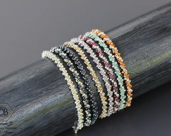 Bracelets rocailles très fins pour Femme. A porter seuls ou empilés.