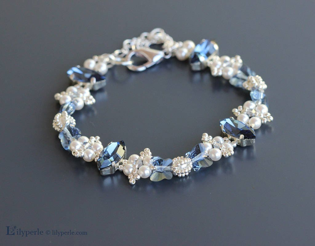 **25 Perles toupies 4 mm  SWAROVSKI  DENIM BLUE    ** 5328