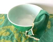 Pyrex Primary Green Mixing Bowl, 2.5 Quart Mixing Bowl, 1950 39 s Pyrex Primary 403 Nesting Bowl