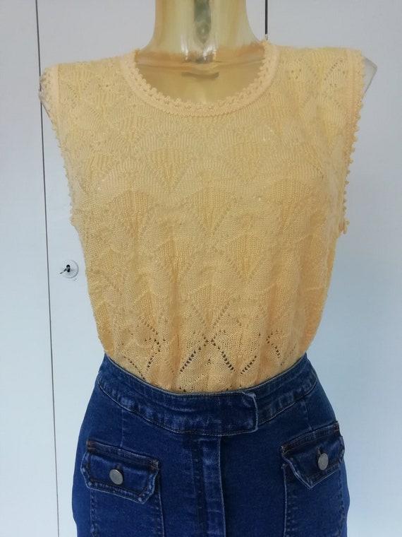 Vintage 1980, Sleeveless top, pastel yellow croche