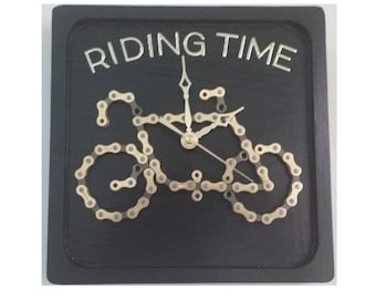 Riding Time Repurposed Bicycle Chain Clock