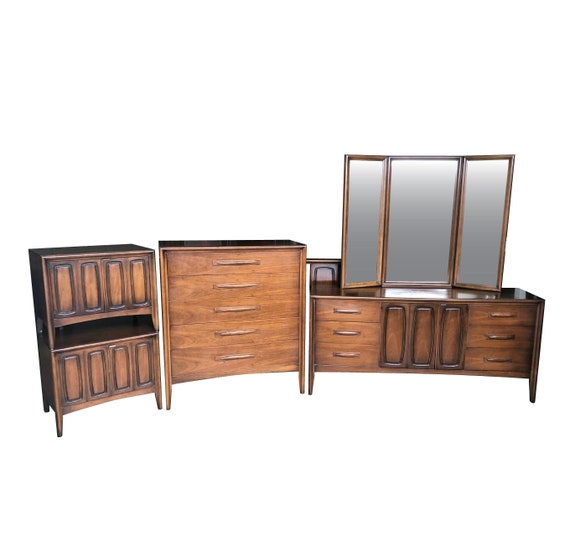 Mid Century Modern Bedroom Set Simple Design Ideas
