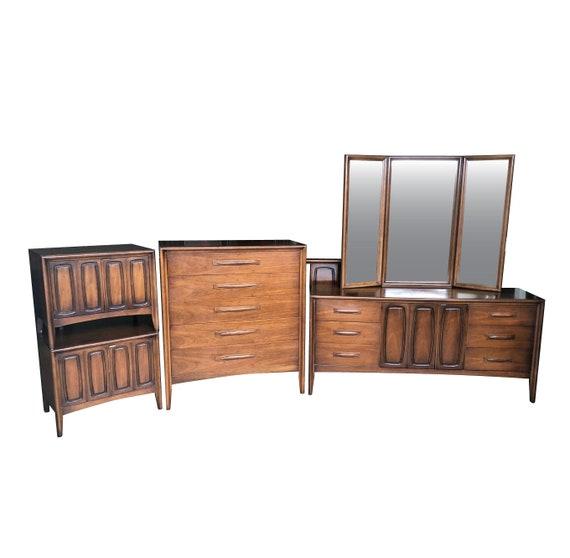 Mid Century Modern Bedroom Set Simple Design Ideas