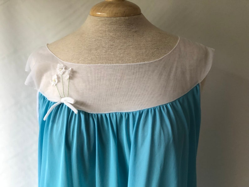 Vintage Chiffon /& Nylon Baby Doll Nightgown Blue and White Women/'s Lingerie PJ/'s