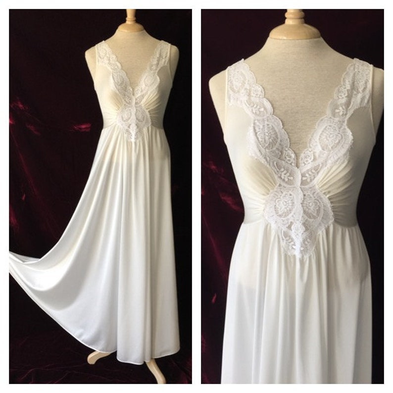6ad08f9e6 LARGE Vintage OLGA Nightgown White Lace Spandex Style 92280