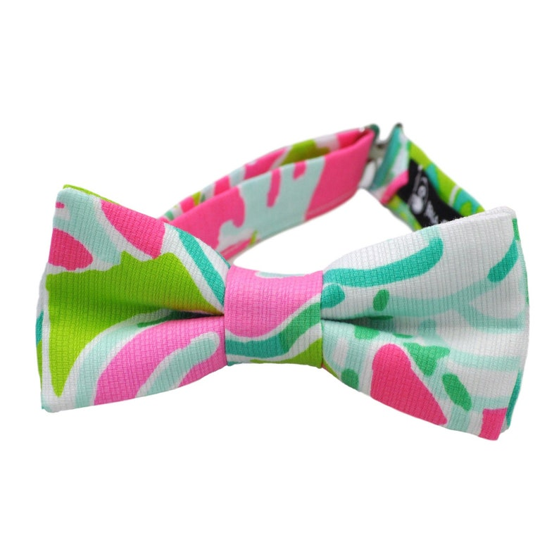 Bow tie in pink don't give a cluck Lilly fabric bow tie image 0