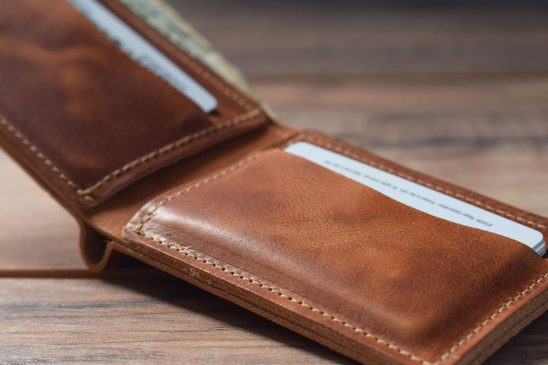 0d7427dadac31 Classic Bifold Wallet Mens leather wallet Leather wallet
