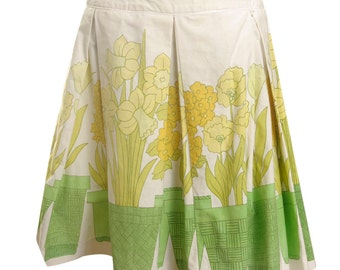 Retro Vintage Box Pleat Skirt with Daffodils