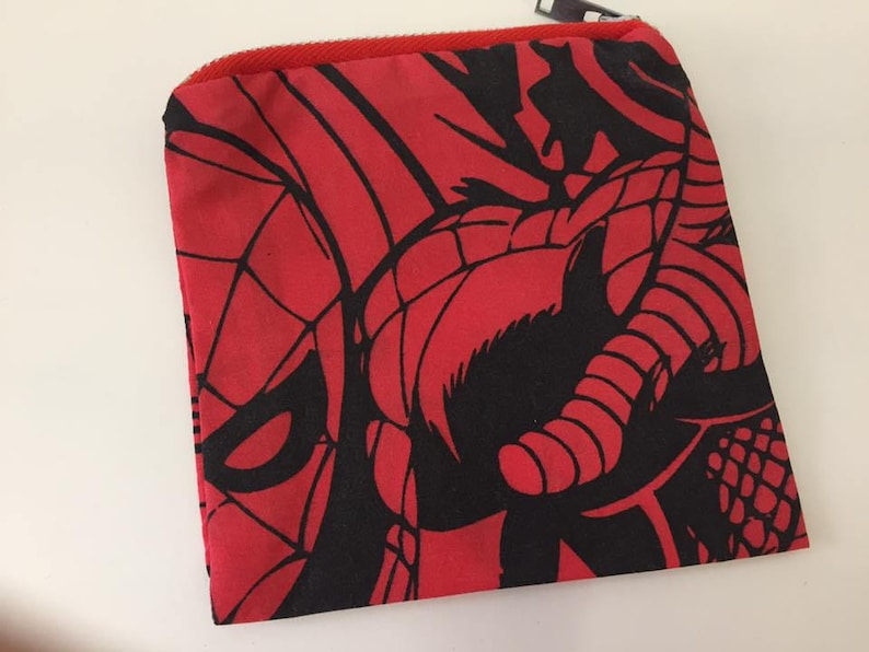 Red & Black Comic Print Spiderman Coin Purse  Zipper Purse  image 0