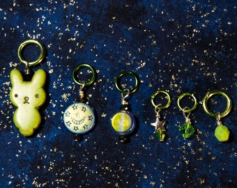 Bunny In The Moon stitch marker set (6 pcs)