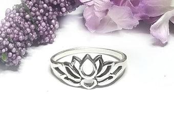 Lotus Ring~Sterling Silver Lotus Ring~Lotus Flower Ring~Blooming Lotus Flower~Yoga Inspired~Lotus Jewelry~Promise Ring~Gift for Her