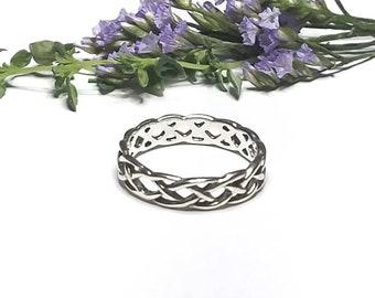 Celtic Braid Ring~Silver Celtic Braided Band~Infinity Knot Ring~Silver Woven Band~Knotted Ring~Braided Knot Ring~Wedding Band~Promise Ring