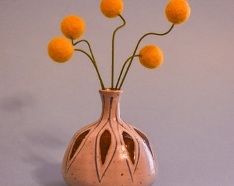 Felt Billy Balls Mini Bouquet   Perfect for Bud Vase!   Spring Wildflowers